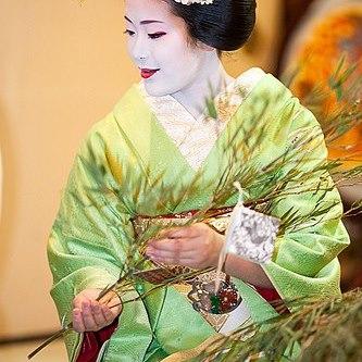 宮川町舞妓 ふく里さん